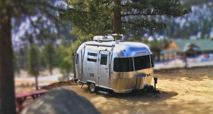 Airstream Camping Shrinking