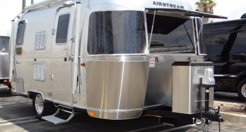 Airstream Dealership Inland Empire Lake