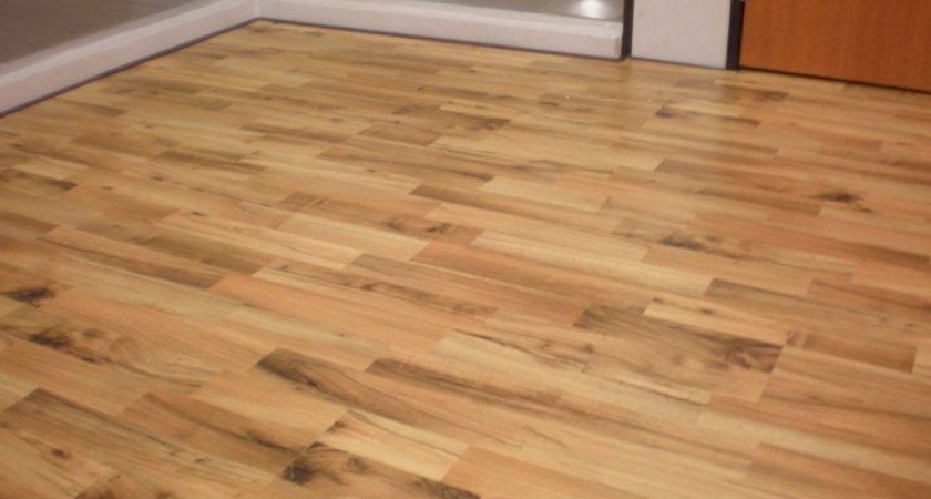 Amazing Flooring Design Your Bedroom