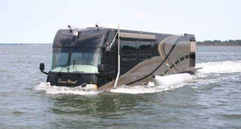 Amphibious True Land Yacht Neatorama