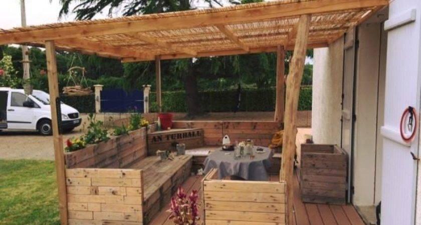 Attractive Outdoor Pallet Furniture Ideas