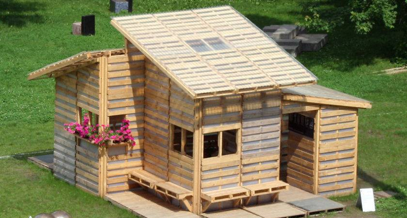 Awesome Homes Built Recycled Material Including