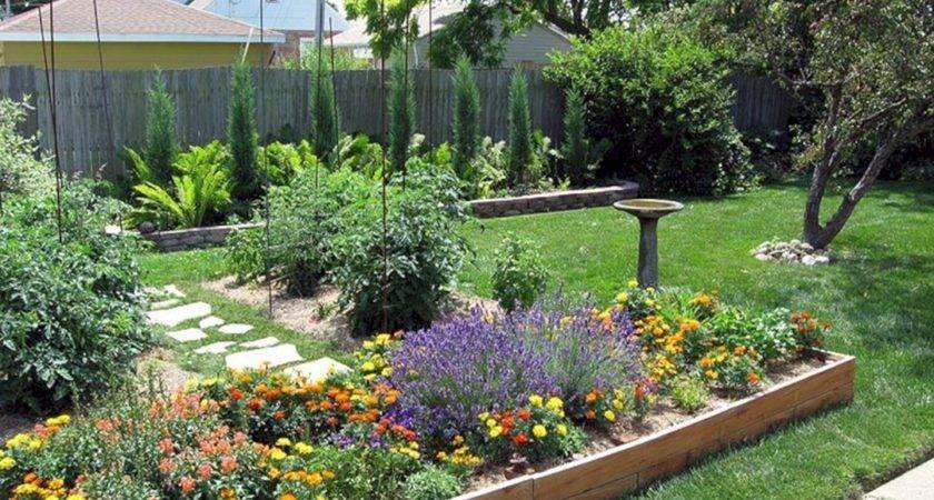 Awesome Small Backyard Inspirations Colorful