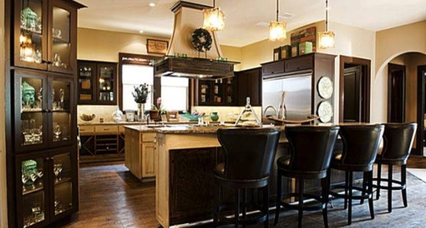 Bachelor Pad Traditional Kitchen Dallas