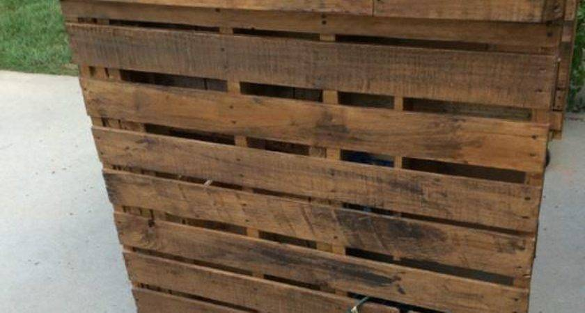 Backyard Pallet Bar Pallets