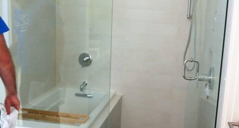 Bathroom Entranching Small Bathtub