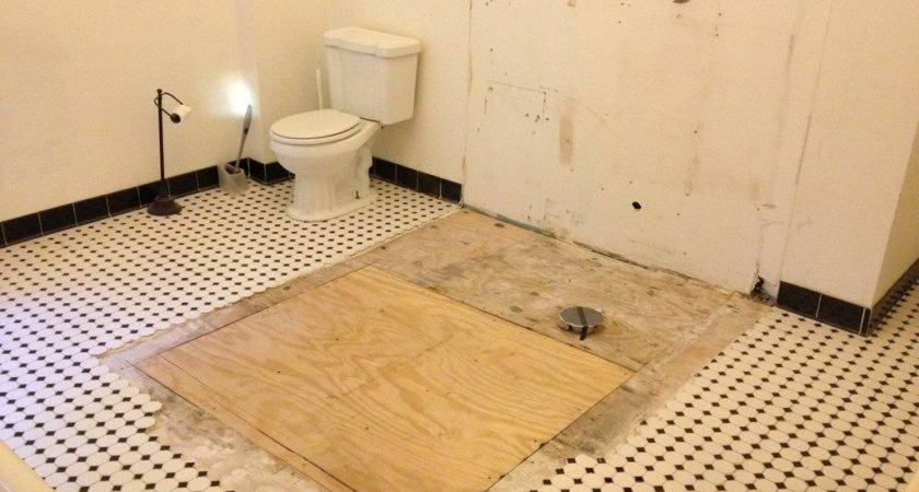 Bathroom Replacing Subfloor