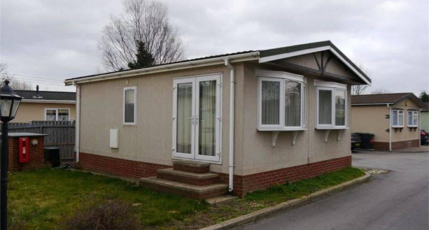 Bedroom Mobile Home Sale Lambeth House Park