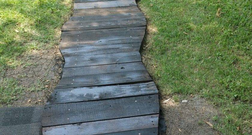 Best Pallet Walkway Ideas Pinterest Wood