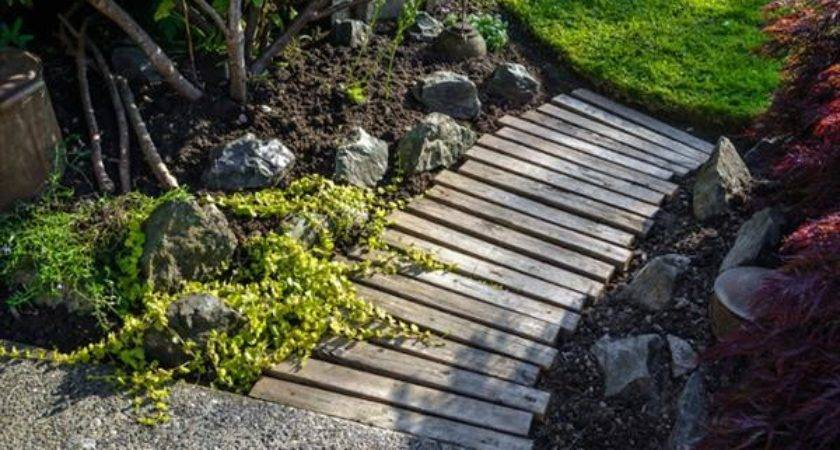 Build Your Pallet Walkway Path Furniture Plans