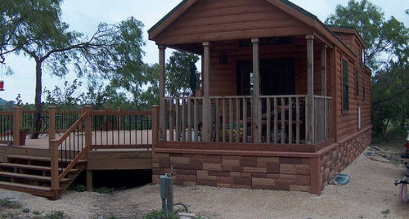Cabin Skirting Manufactured Home