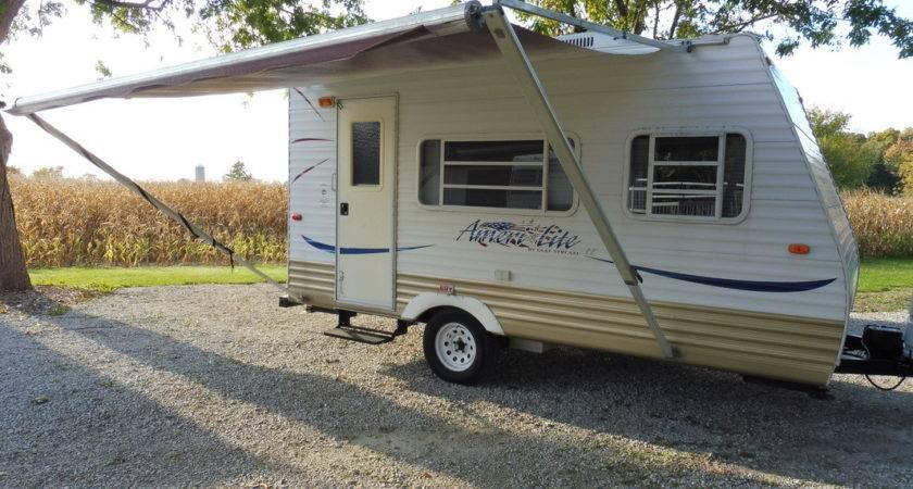Campers Cozy Camper Rentals