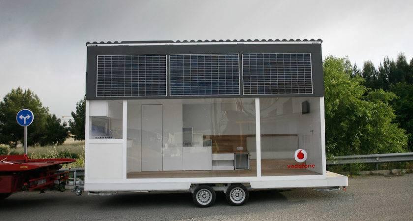 Casa Movil Vodafone Mobile Solar Home
