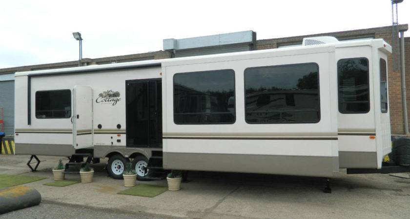 Cedar Creek Cottage Park Home Mobile Trailer