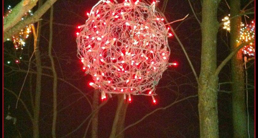 Chicken Wire Lighted Christmas Balls Tis Season