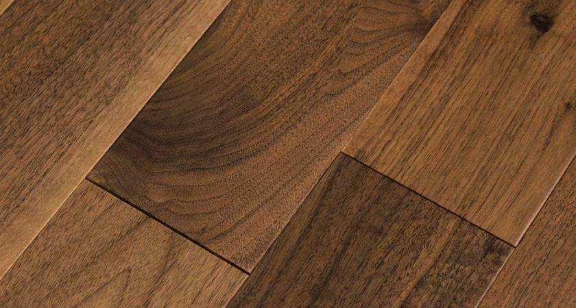 Classic Black Walnut Lacquered Engineered Wood Flooring