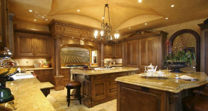 Clive Christian Kitchen French Oak Traditional