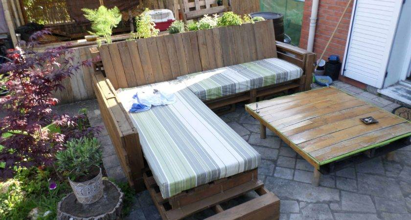 Complete Pallet Sofa Made Out Recycled Pallets