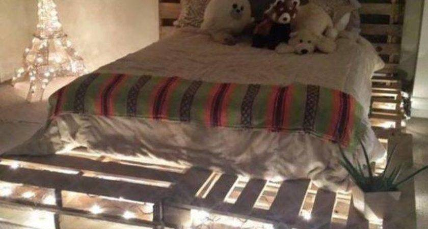Cool Diy Recycled Pallet Bed Frame Duplicate