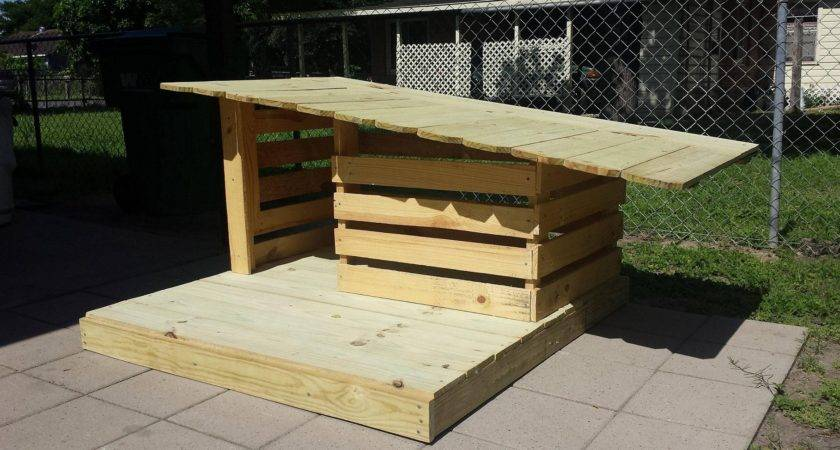 Cool Pallet Dog House Ideas