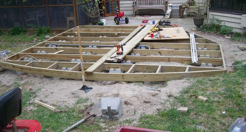 Correct Way Build Ground Level Deck Doityourself