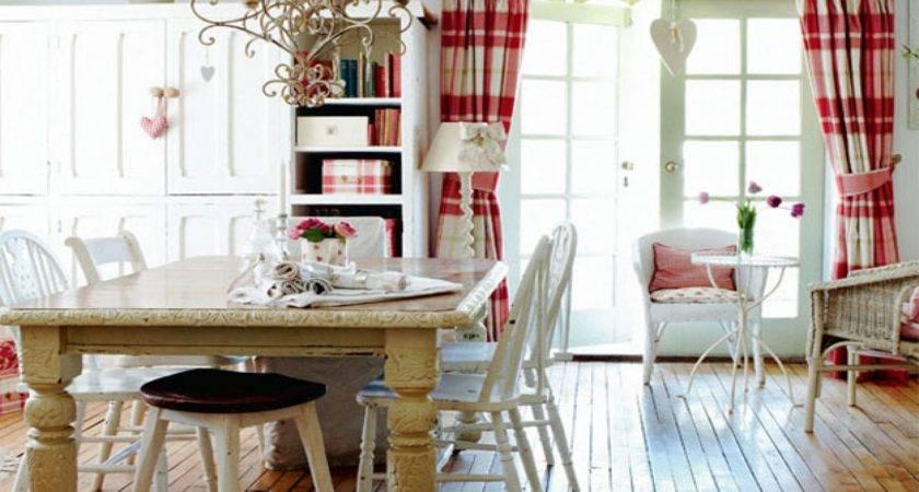 Cottage Living Room Decor