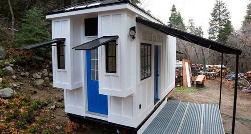 Couple Builds Luminous Tiny House Extra