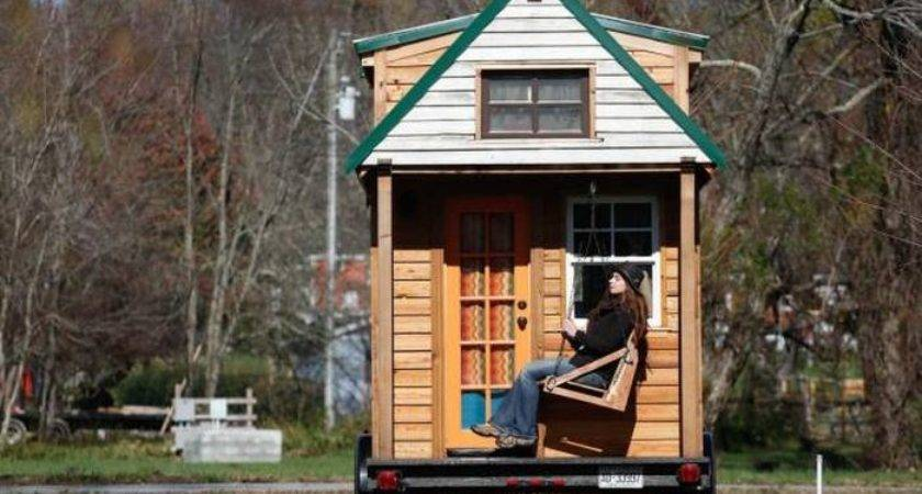 Couple Builds Tiny House Under Then Travels