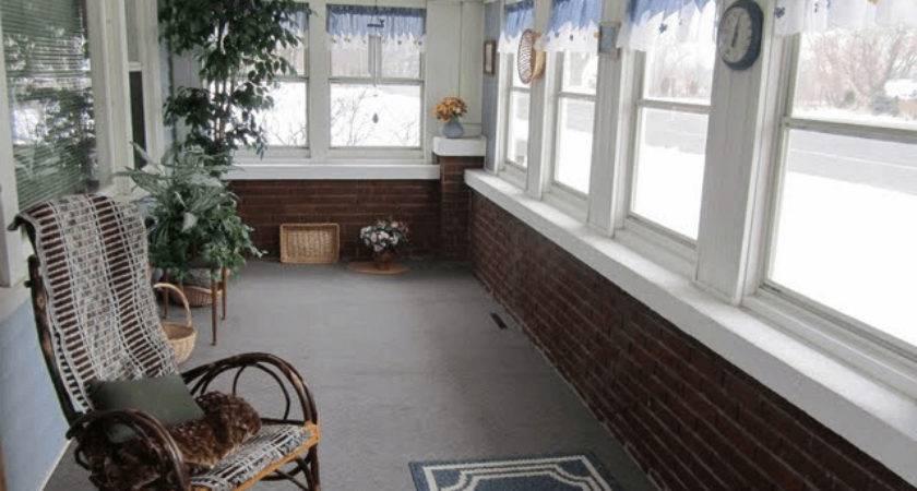 Cozy Small Enclosed Porch Decorating Ideas