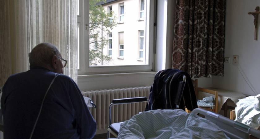 Cqc Orders Improvements Three Oxford Elderly Care
