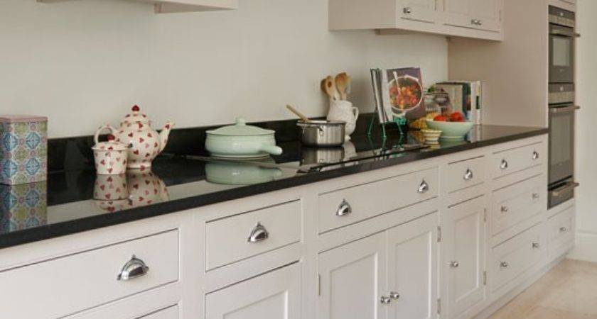 Cream Kitchen Shaker Style Cabinets Take Look