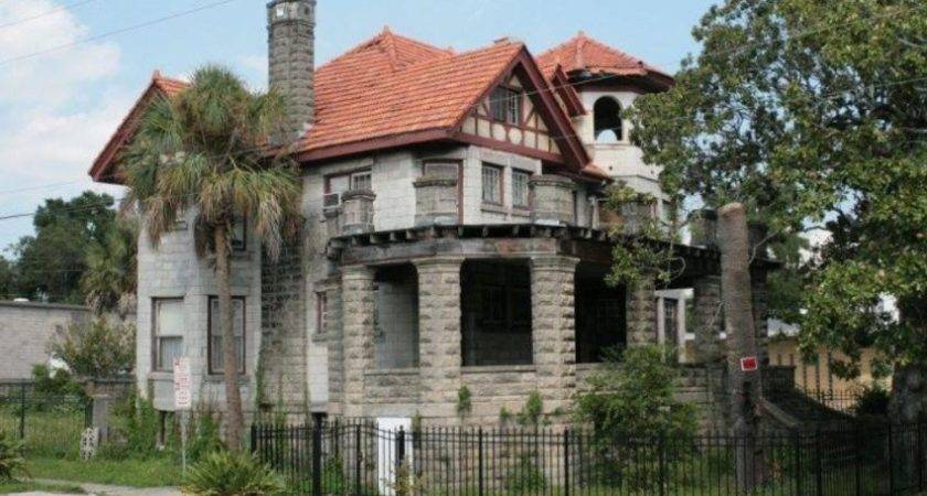 Crumbling Mansions Under
