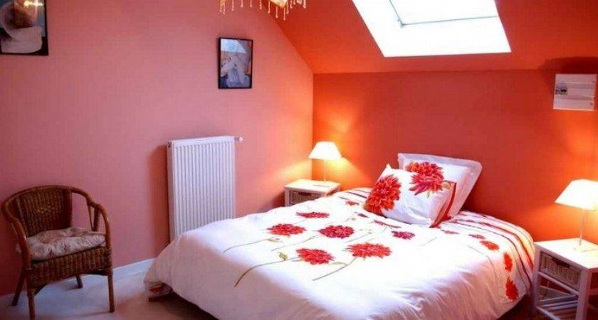 Decorating Ideas Small Bedrooms Orange Wall Color