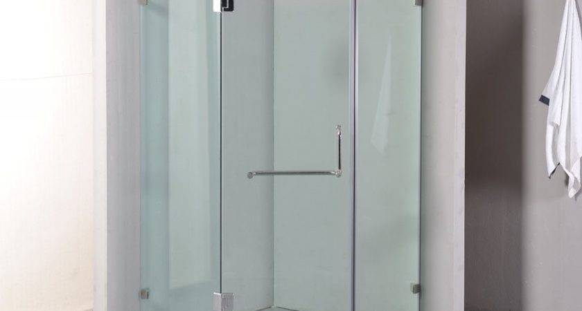 Della Francesca Frameless Shower Screen
