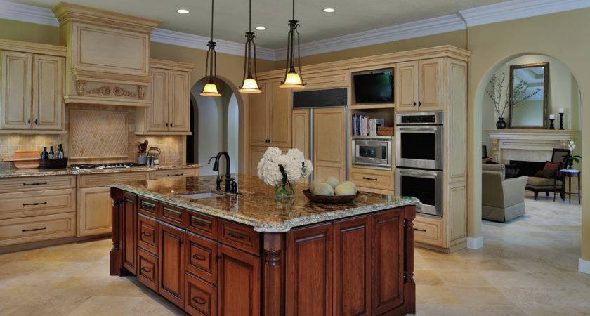 Design Woods Traditional Kitchen Remodel Before