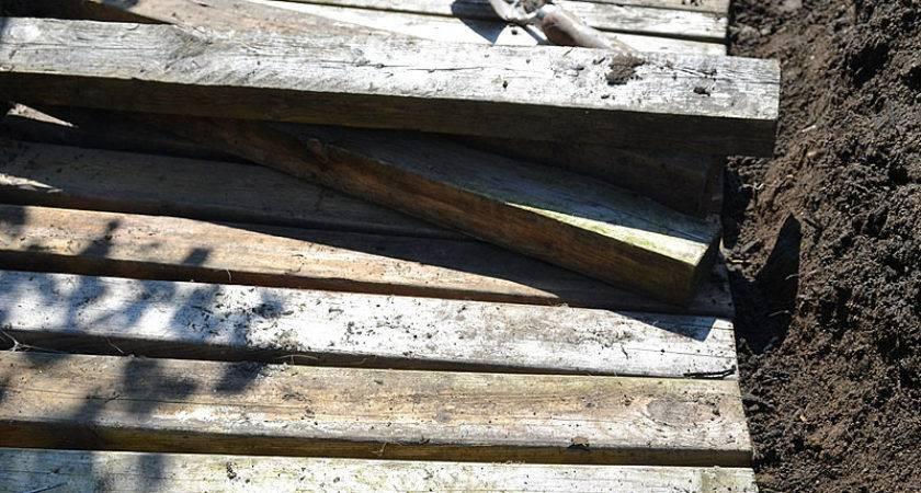 Dirt Pallet Wood Walkway Gardenfunky Junk