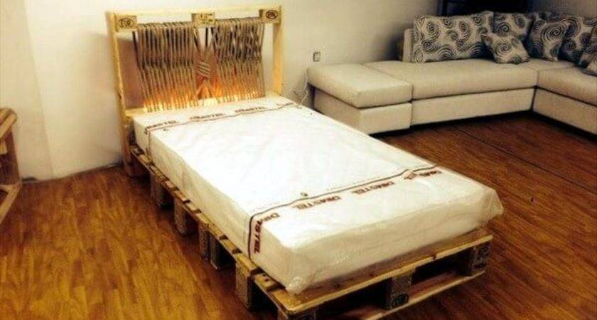Diy Beds Made Out Wooden Pallets Ideas