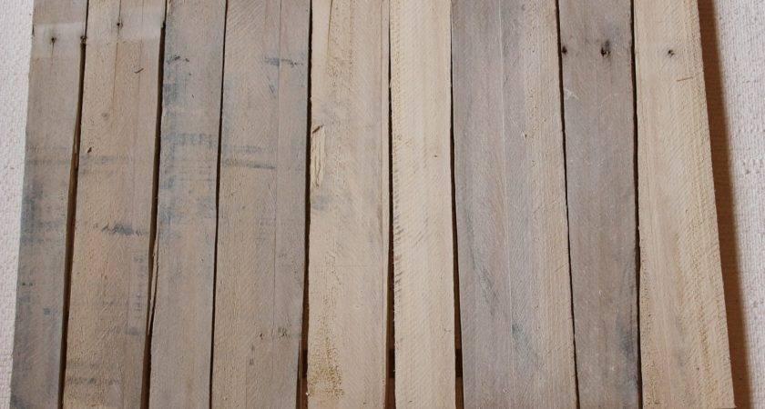 Diy Distressed Pallet Board Interior Design Ideas