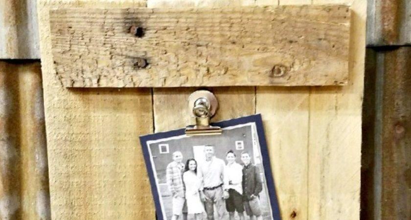 Diy Frame Made Out Pallet Wood Diva