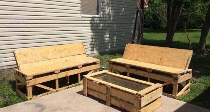 Diy Simple Pallet Patio Furniture Plans