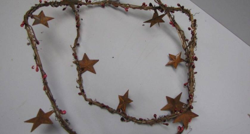 Dlcc Grapevine Pip Berry Garland Rusty Tin Stars