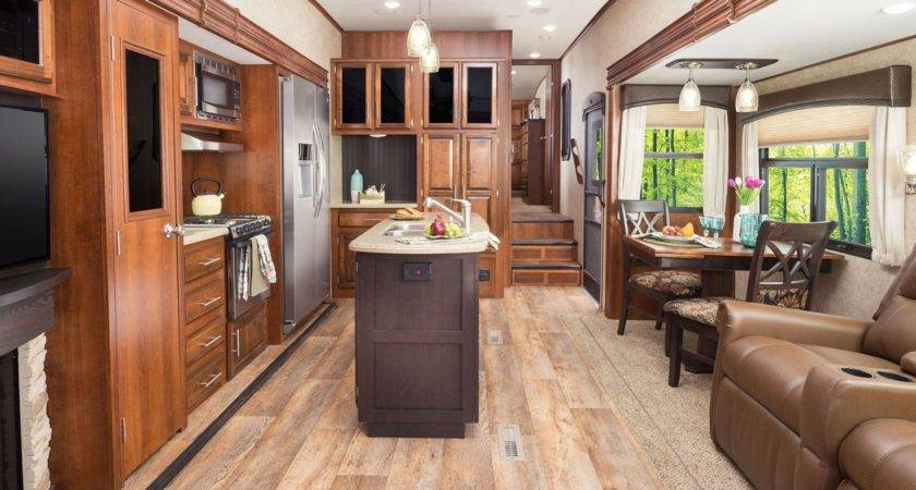 Eagle Fifth Wheel Jayco Inc
