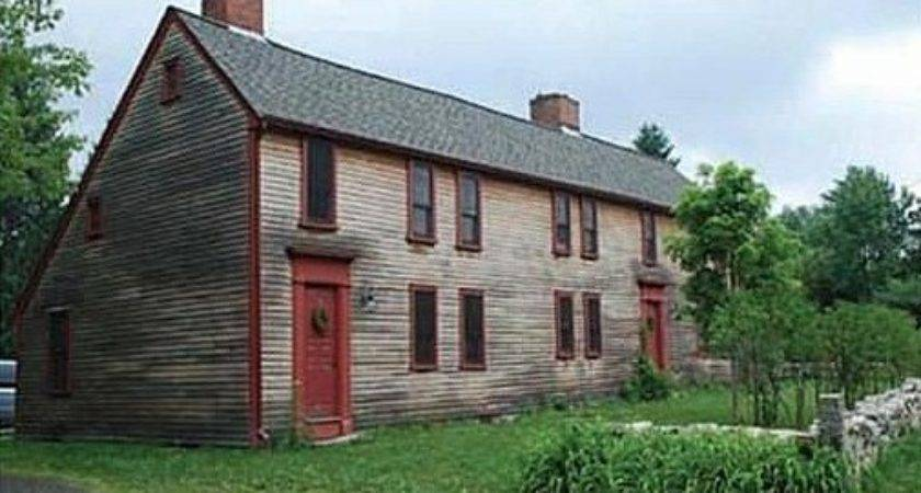 Early American Saltbox Massachusetts House Crazy