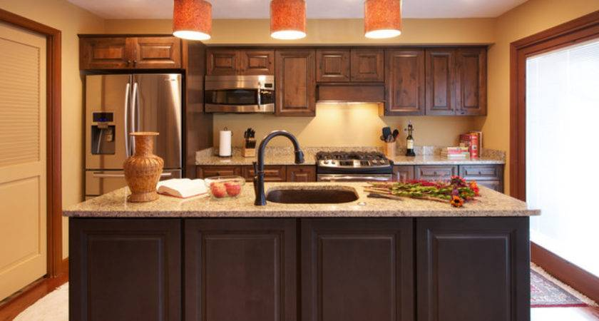 Eclectic Bachelor Pad Traditional Kitchen Metro