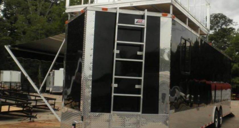 Enclosed Trailer Black Extended Roof