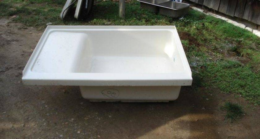Find Trailer Tub Duo Form Right