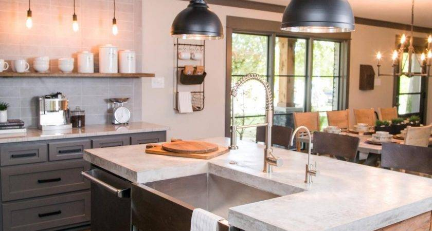 Fixer Upper Bachelor Pad Get Chip Single Guy