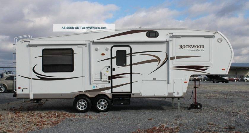 Forest River Rockwood Foot Wheel Camper