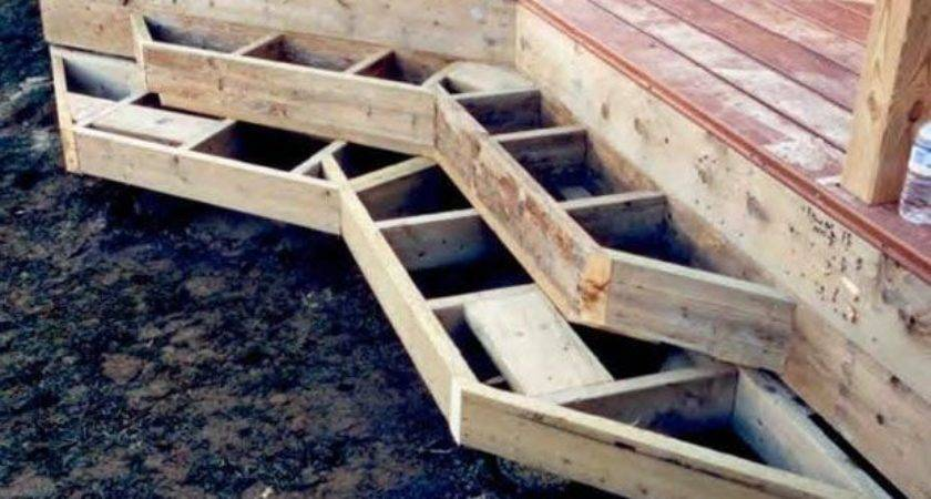 Framing Deck Box Steps Inside Corner Angled