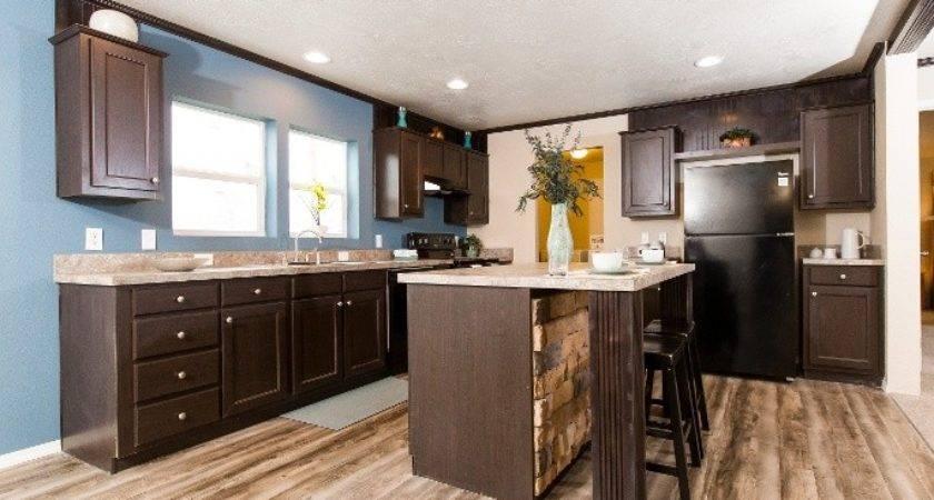Fresh Vinyl Flooring Options Your Clayton Home